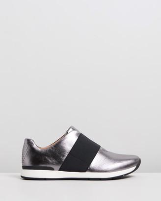 Vionic Codie Casual Sneakers