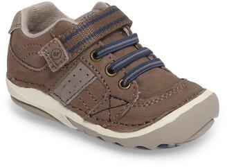 Stride Rite 'Artie' Sneaker
