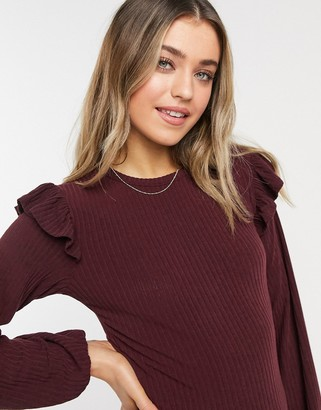 New Look soft rib frill shoulder top in burgundy