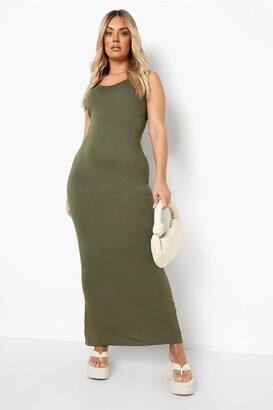 boohoo Plus Scoop Neck Maxi Dress