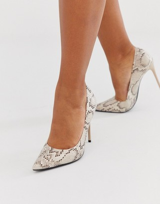 Truffle Collection pointed heeled stiletto in snake-Beige
