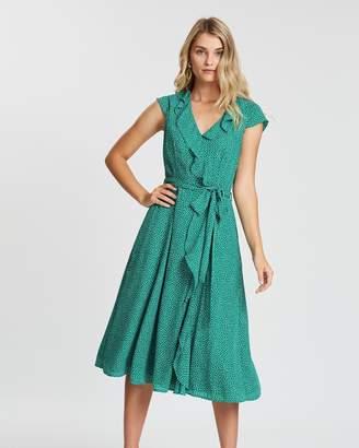 Review Marlin Spot Dress