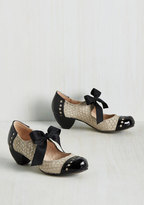 All Black Bow'n Places Leather Heel in Dove Grey