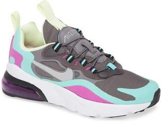 Nike 270 React Sneaker