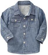 Gap Long-sleeve chambray shirt