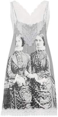 Burberry Lace Detail Victorian Portrait Print Silk Slip Dress