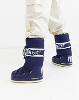 Moon Boot classic snow boots in navy