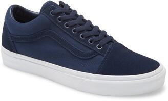 Vans Old Skool Lace-Up Sneaker