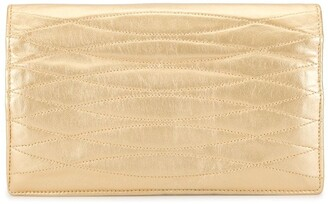Chanel Pre Owned Twisted Diamond Quilt Clutch