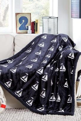 """Coleman Duck River Textile Fleece Throw Blanket - 87"""" x 79"""""""