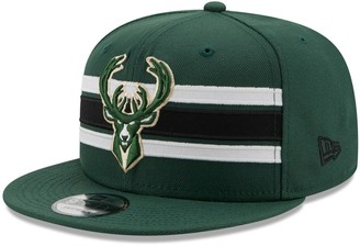 New Era Men's Hunter Green Milwaukee Bucks Strike 9FIFTY Snapback Hat