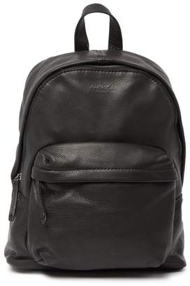 AMERICAN LEATHER CO. Fairfield Zip Around Leather Backpack