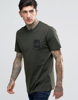 The North Face T-shirt With Pocket Box Logo In Green