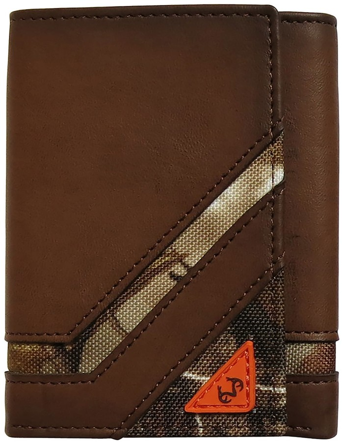 Realtree Mens Bifold Wallet With Camo Insert