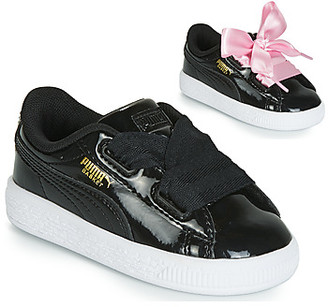 Puma INF BASKET HEART PATENT.BL girls's Shoes (Trainers) in Black
