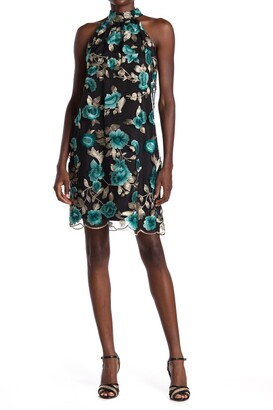 trina Trina Turk Cian Floral Embroidered Scalloped Shift Dress