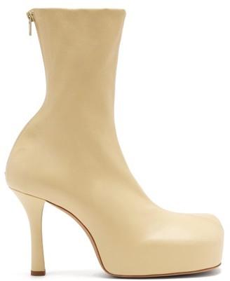 Bottega Veneta Bold Square-toe Leather Platform Boots - Cream