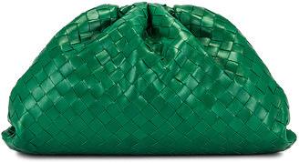 Bottega Veneta Woven The Pouch Clutch in Racing Green & Gold | FWRD