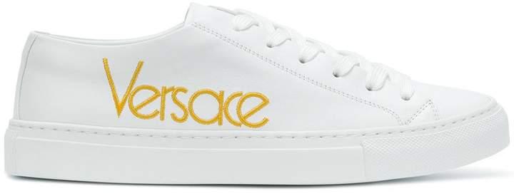 Versace (ヴェルサーチ) - Versace ロゴ スニーカー