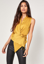 Missguided Yellow Hammered Satin Tie Side Top