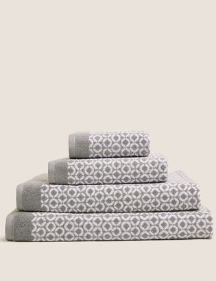 Marks and Spencer Pure Cotton Repeat Links Towel