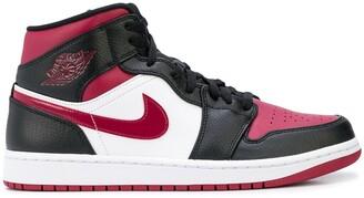 Jordan Air 1 Mid high-top sneakers