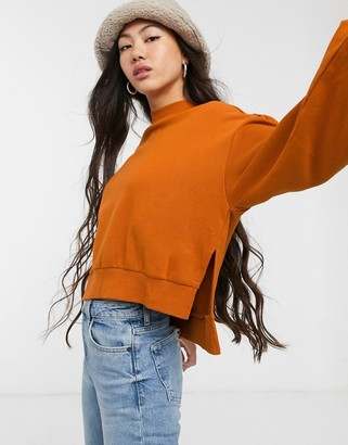 Monki Mary sweatshirt with balloon sleeve in orange