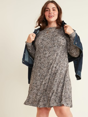 Old Navy Jersey-Knit Long-Sleeve Plus-Size Swing Dress