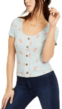 Hippie Rose Juniors' Printed Button-Trimmed Waffle-Knit Top