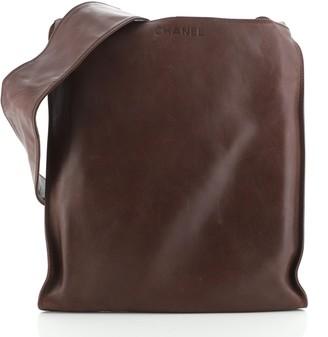 Chanel Vintage Flat Messenger Bag Lambskin Medium