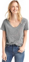 Gap Star outline scoop neck tee