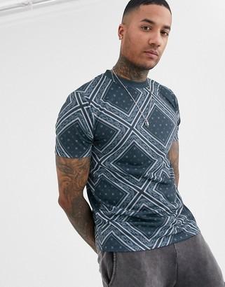 Asos Design DESIGN t-shirt with all over bandana print-Navy