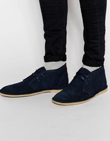 Ben Sherman Chukka Boot In Suede - Blue