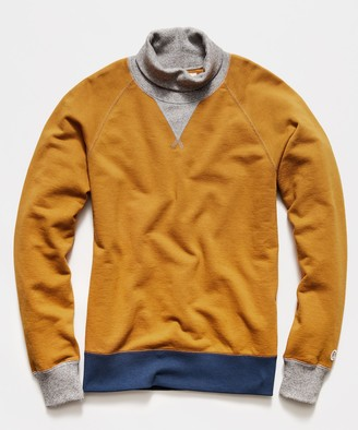 Todd Snyder + Champion Colorblock Turtlenck Sweatshirt in Trophy Gold