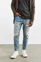 Rolla's Rolla's X UO Destroyed Stonewash Stubbs Cropped Jean