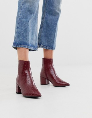 New Look pointed block heeled boots in dark red croc