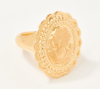 NUOVO Oro Oval Cameo Design Ring, 14K Gold Over Resin