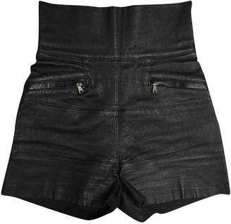 Pierre Balmain Black Cloth Shorts for Women