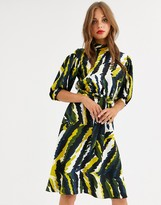 Closet London high neck skater dress in abstract print