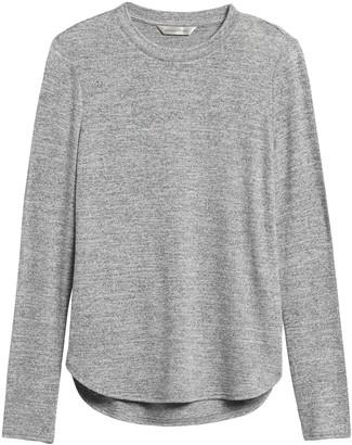 Banana Republic Petite Luxespun Long-Sleeve T-Shirt