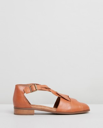 Walnut Melbourne Airie Leather Flats