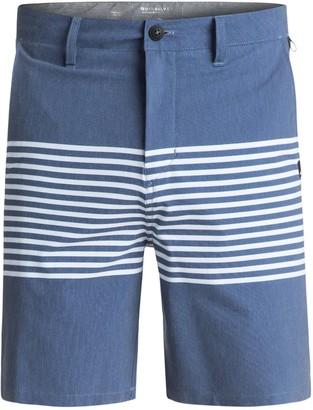 Quiksilver Young Mens Echo Stripe Amphibian 18 Hybrid Shorts Shorts