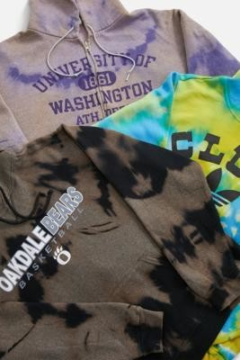 Urban Renewal Vintage Remade From Vintage Tie-Dye Sports Hoodie - Assorted ALL at Urban Outfitters