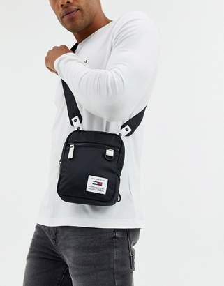 Tommy Hilfiger urban tech reporter flight bag-Black