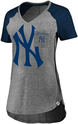 Majestic Women's Gray/Navy New York Yankees Static Pocket Raglan V-Neck T-Shirt