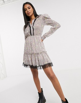 Pretty Darling floral ruched shirt dress with lace trim