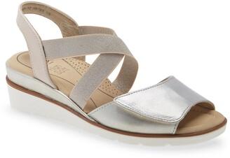 ara Lupita Wedge Sandal