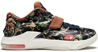 Nike KD 7 sneakers