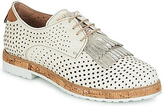 Muratti AMAIA women's Casual Shoes in Beige