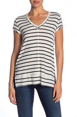 H By Bordeaux Short Sleeve Seam V-Neck T-Shirt